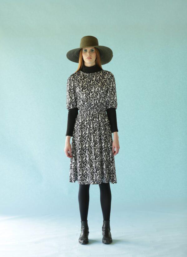 Ivana Helsinki mustavalkoinen viskoosi mekko