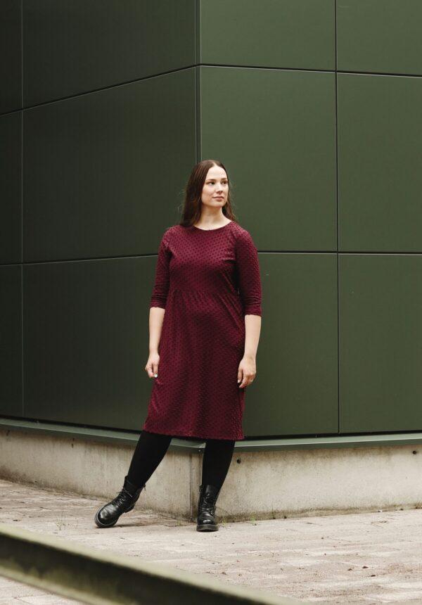 Aarre viininpunainen mekko