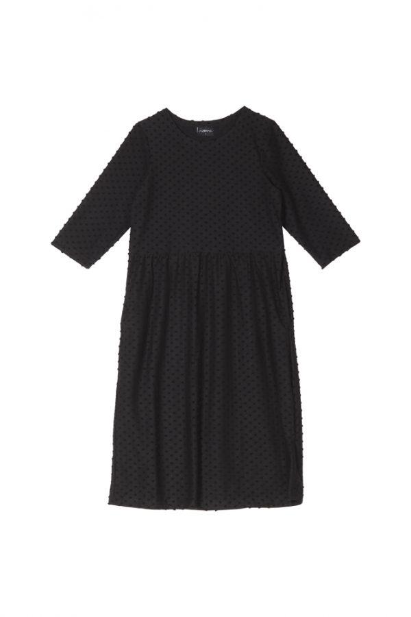 Naisten mekko, struktuurineulos