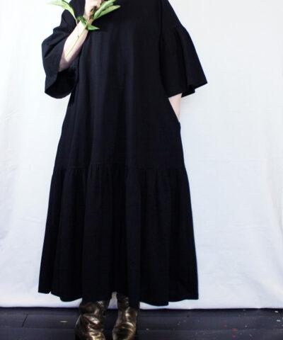 Suomessa valmistettu mekko
