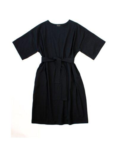 Suomessa valmistettu laadukas luomupuuvillainen mekko