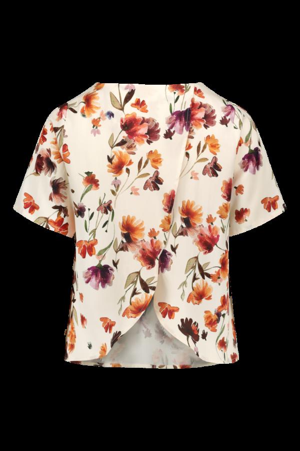 Laadukas kauniisti laskeutuva paita