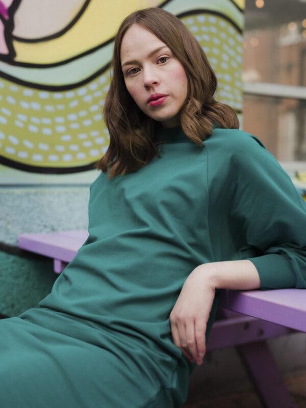 Luomupuuvillainen rento mekko