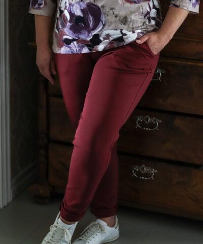 Mukavat korkeavyötäröiset laadukkaat housut